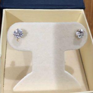 14k screw back gold stud earrings